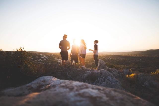 10 Alasan Kenapa Cewek Naik Gunung