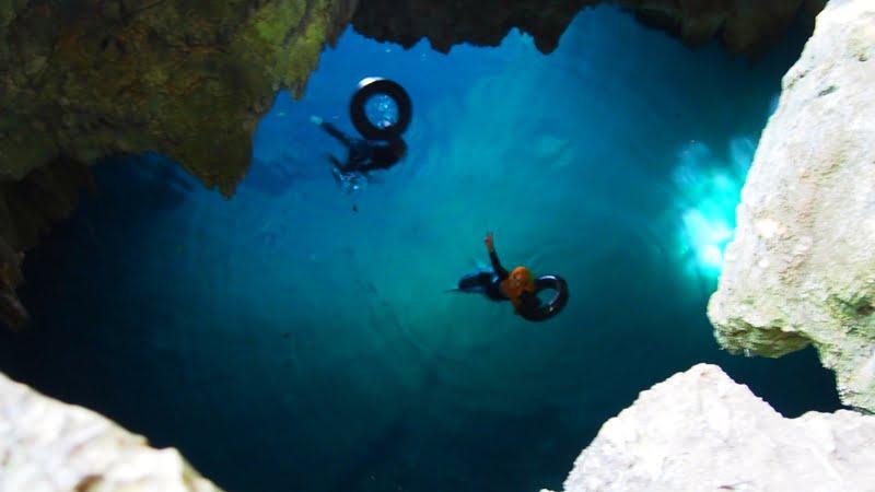 Birunya gua bawah air Danau Matano