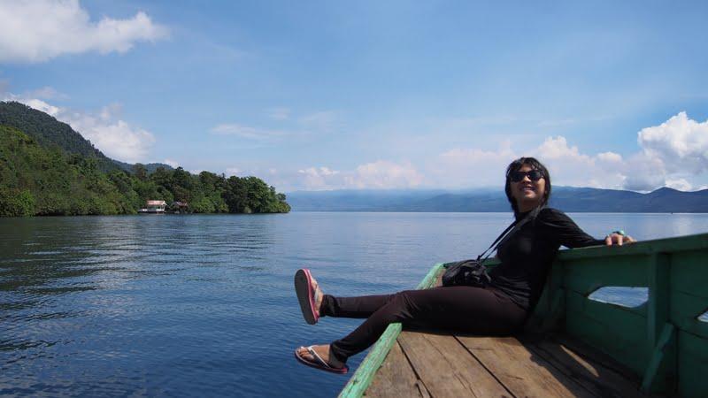 Terpukau Keindahan Gua Bawah Air Danau Matano