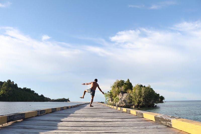 Jalan Kaki Menelusuri Pulau Kadoda dan Pulau Papan