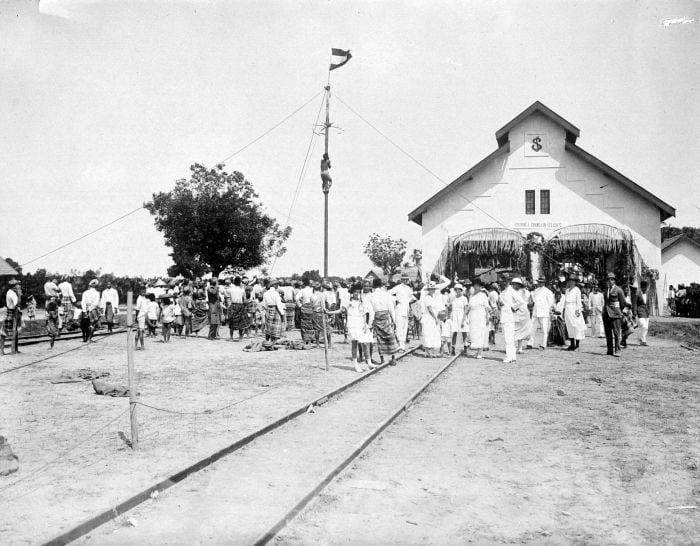 Stasiun kereta api di Sulawesi