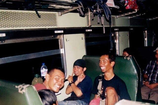 """Nostalgia! 7 Hal """"Ngangenin"""" dari Kereta Ekonomi"""