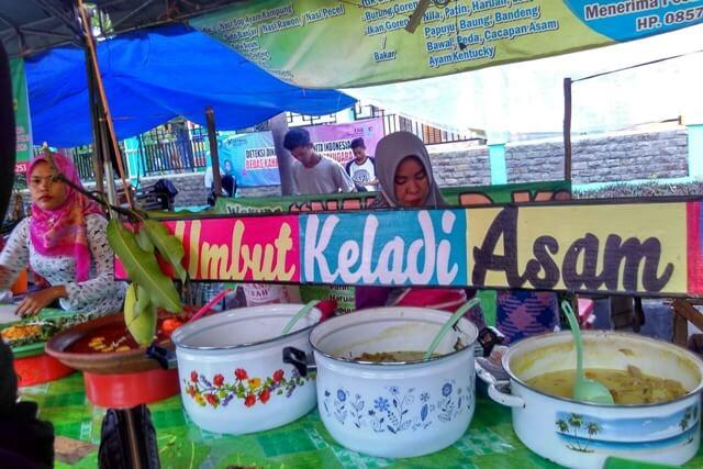 "6 Kuliner ""Berat"" Khas Banjar yang Ada di Pasar Wadai Banjarbaru"