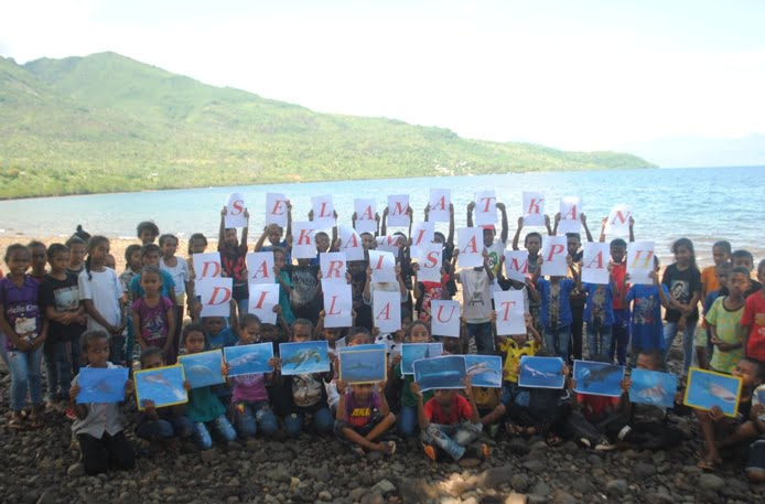 Mengajak Anak-anak Flores untuk Menjaga Laut dan Megafauna