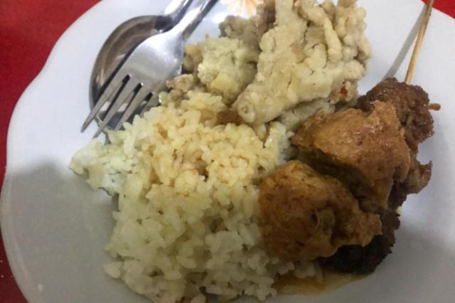 warung makan vegetarian kharisma