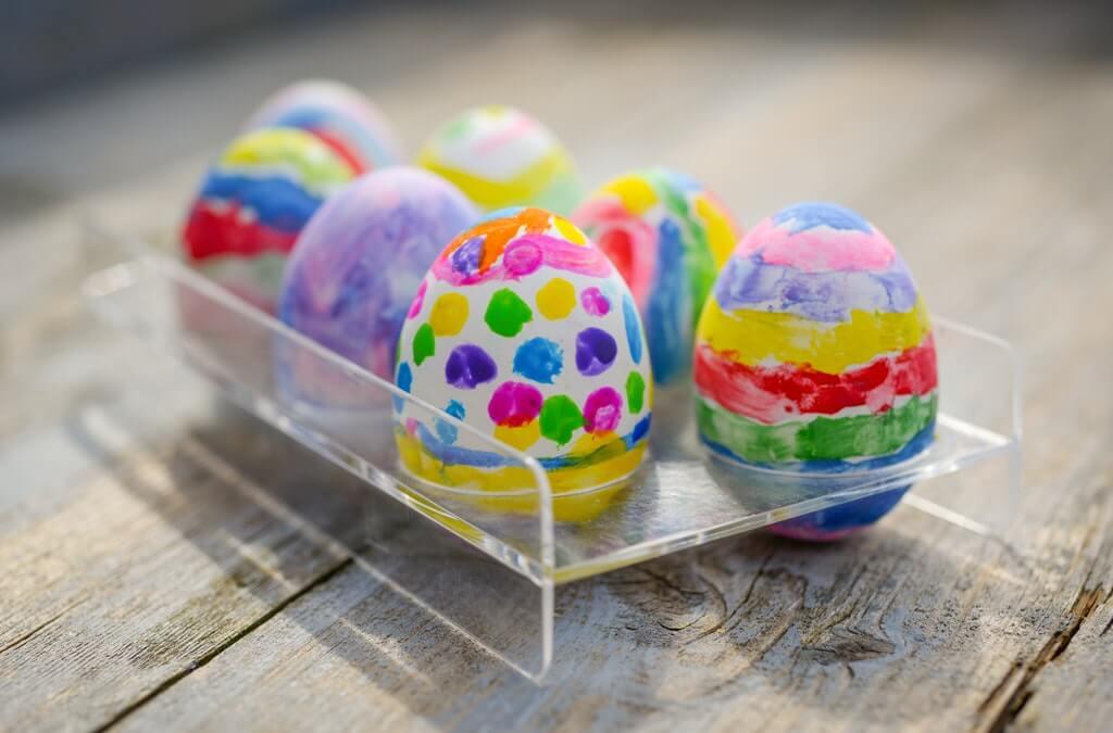 Merayakan Paskah di Rumah Aja