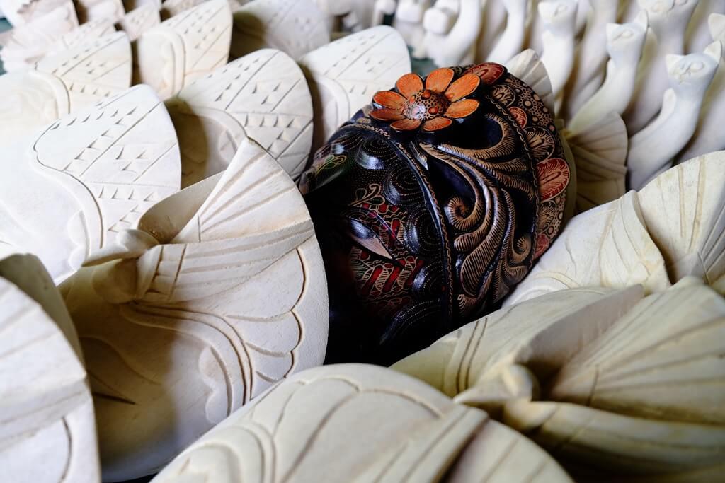 Topeng Batik dari Bobung