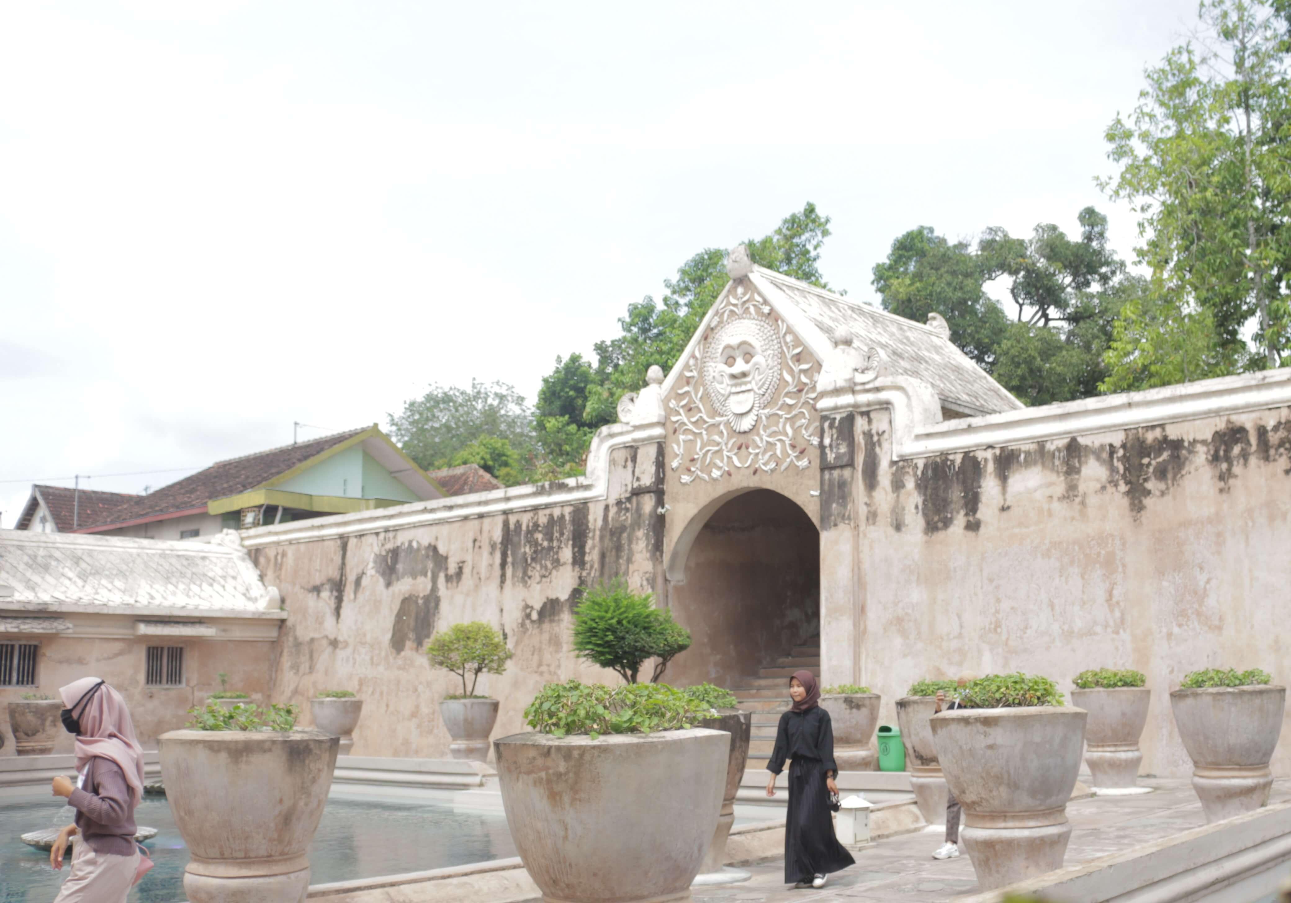 Mampir ke Taman Sari Semasa Corona