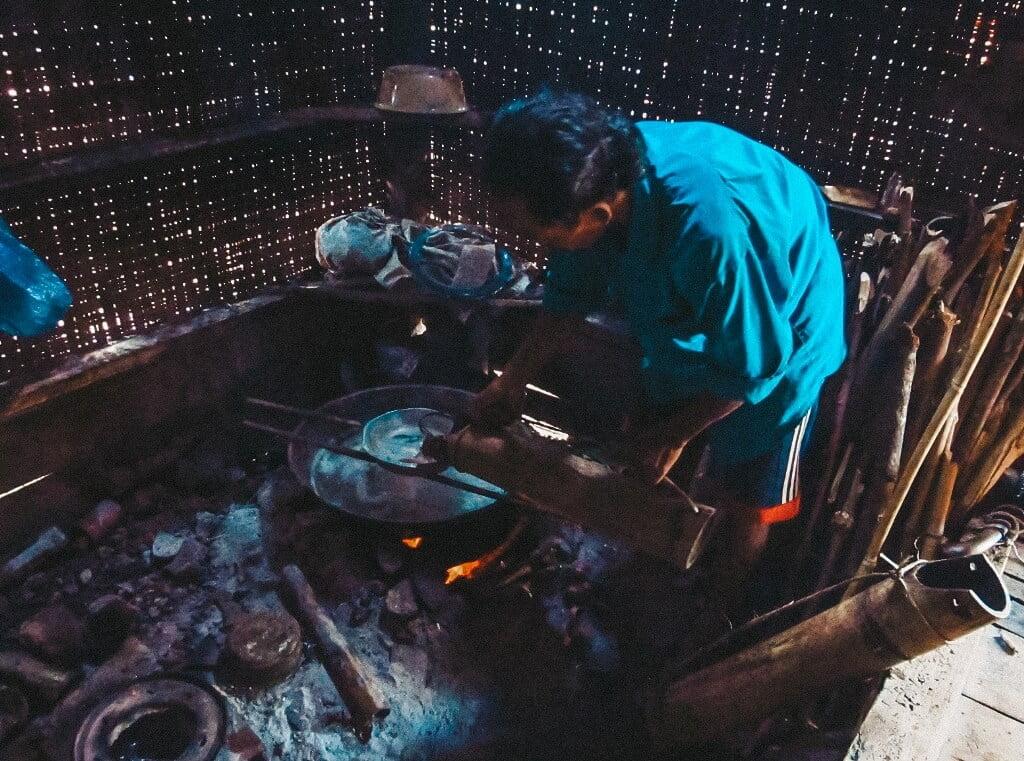 Membuat gula aren by DJOKO SUBINARTO