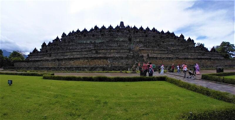 Ke Candi Borobudur Kala Pandemi COVID-19