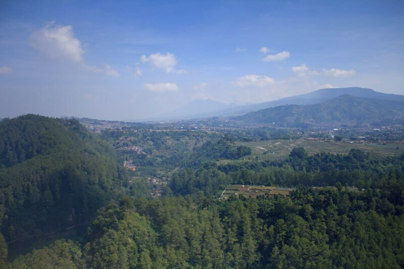 Bermalam di Tebing Keraton, Bandung