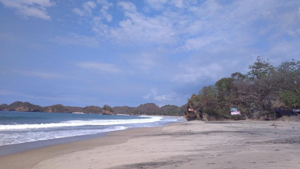 Pantai Bajulmati