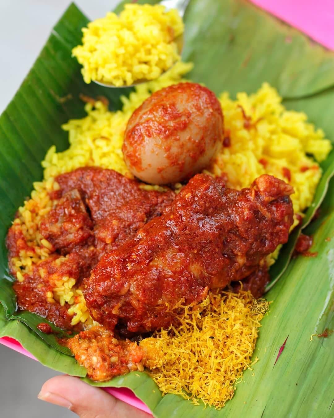 Nasi kuning Bang Rahmat