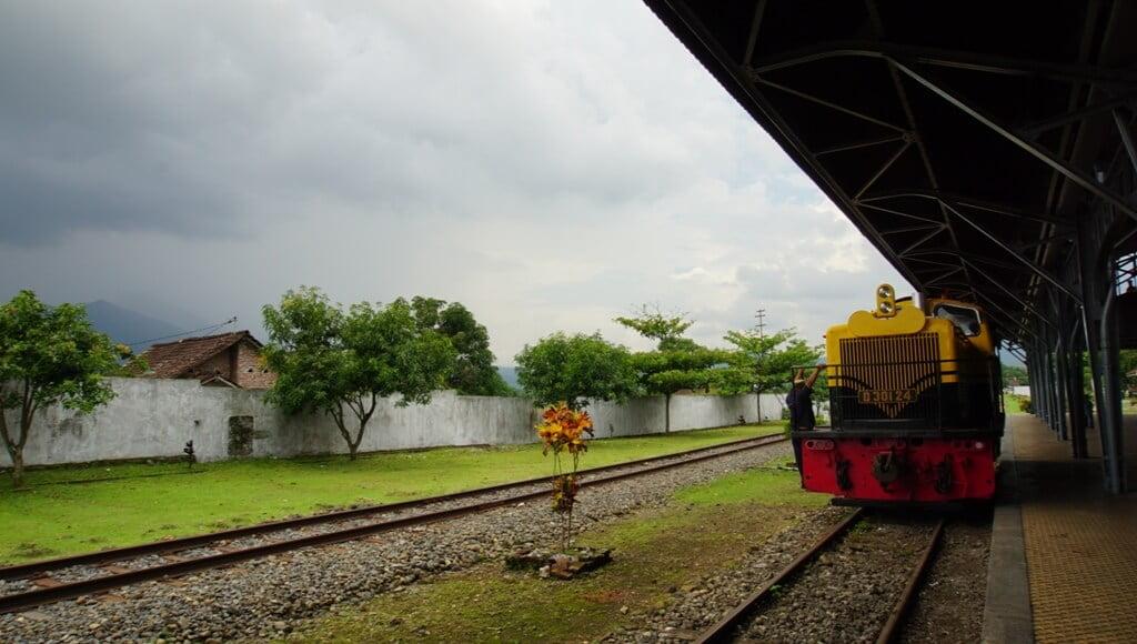 Naik Kereta Api di Museum Kereta Api Ambarawa