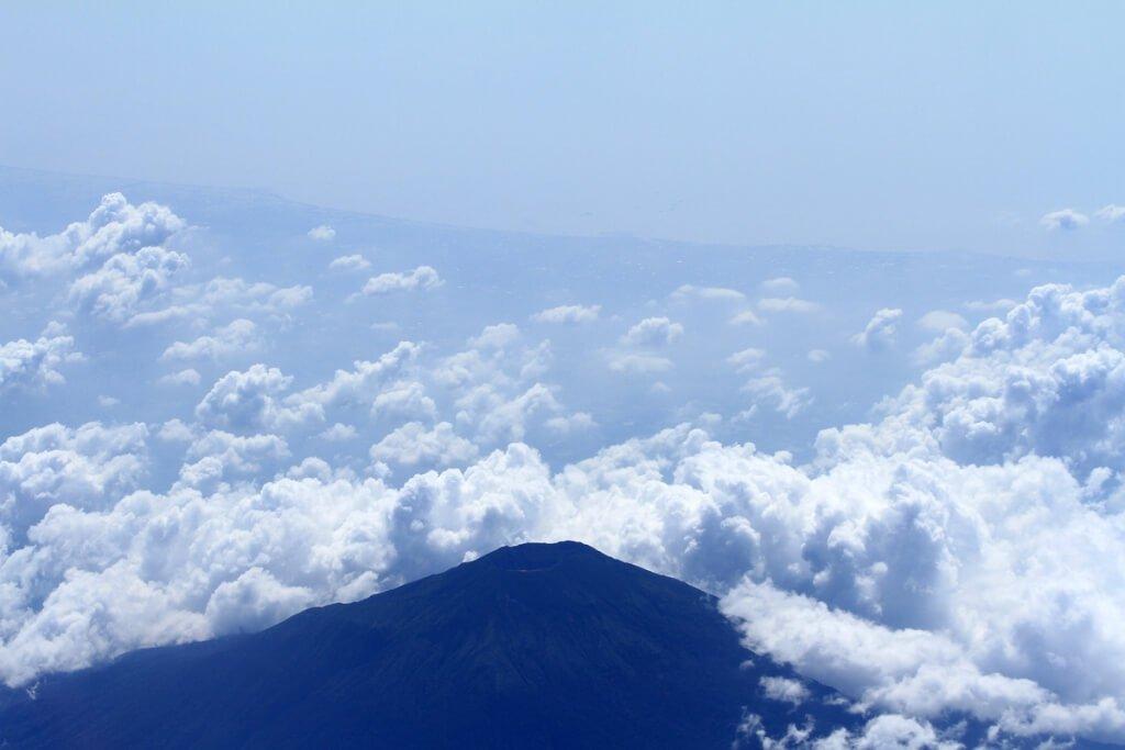 """10 """"Quotes"""" tentang Gunung yang Bermakna"""