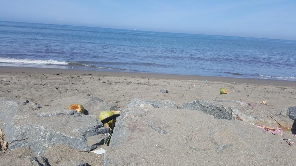 Sampah di Sudut Kota Padang