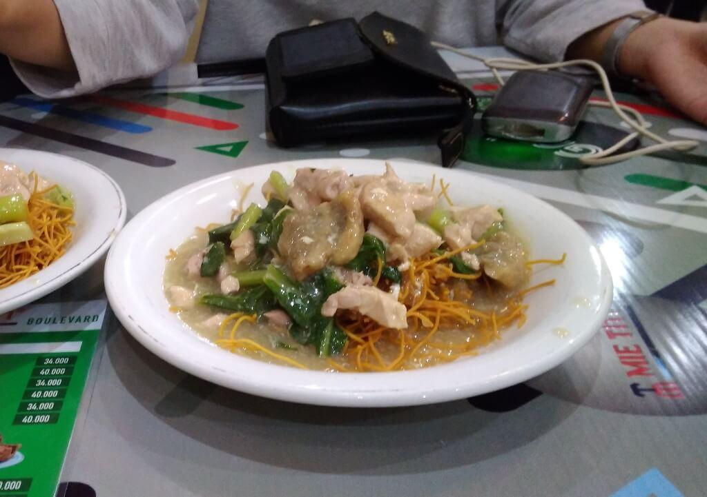 Sehari Memanjakan Perut dengan Beragam Kuliner Khas Sulawesi Selatan