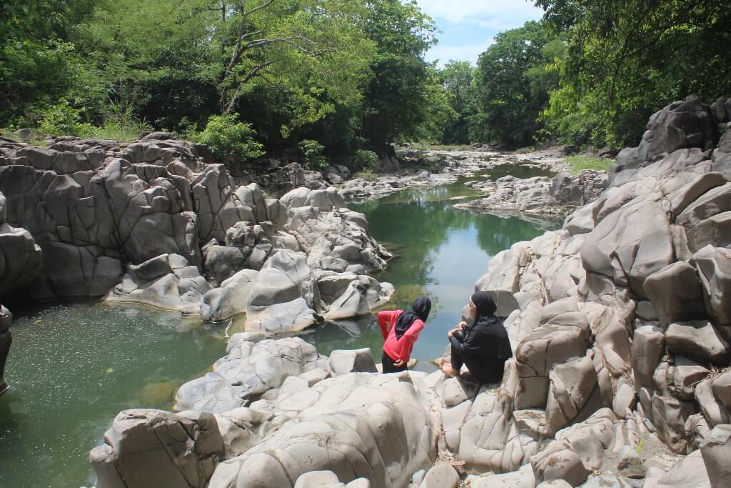 Mencicipi Tiram Kakar Lajari hingga Singgah ke Celebes Canyon dan Lappa Laona