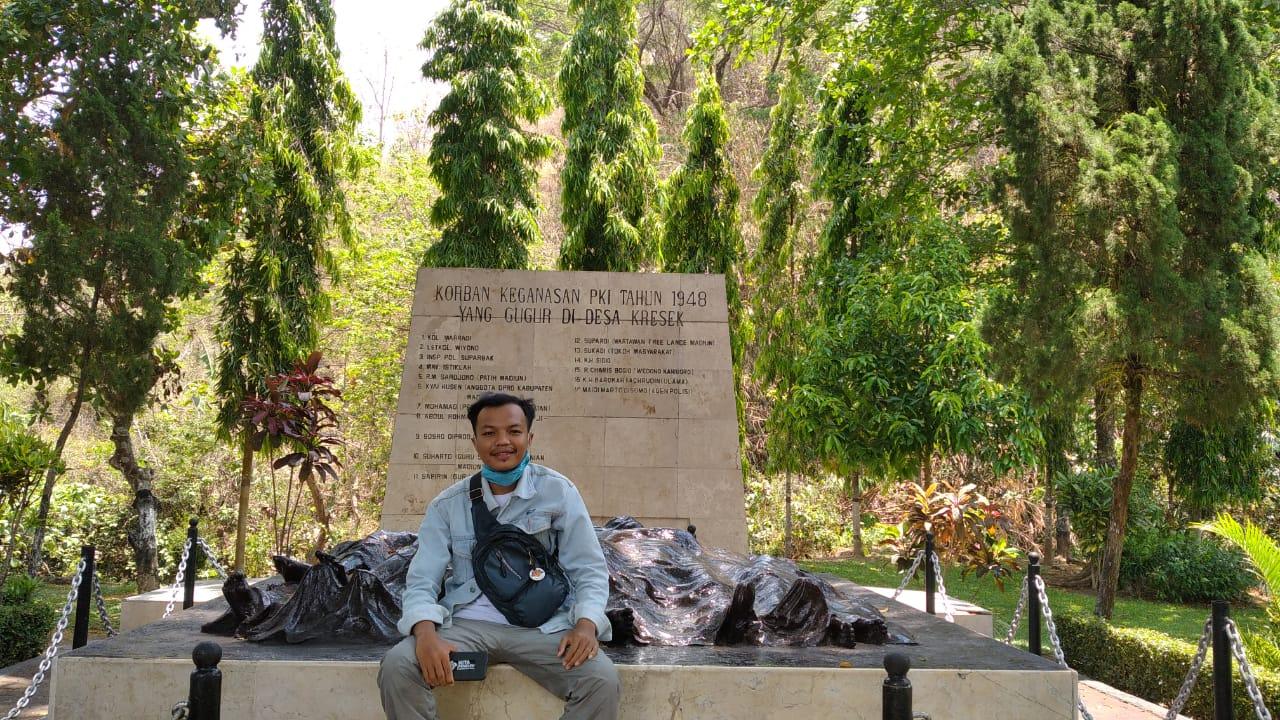 Monumen Kresek dan Kisahnya