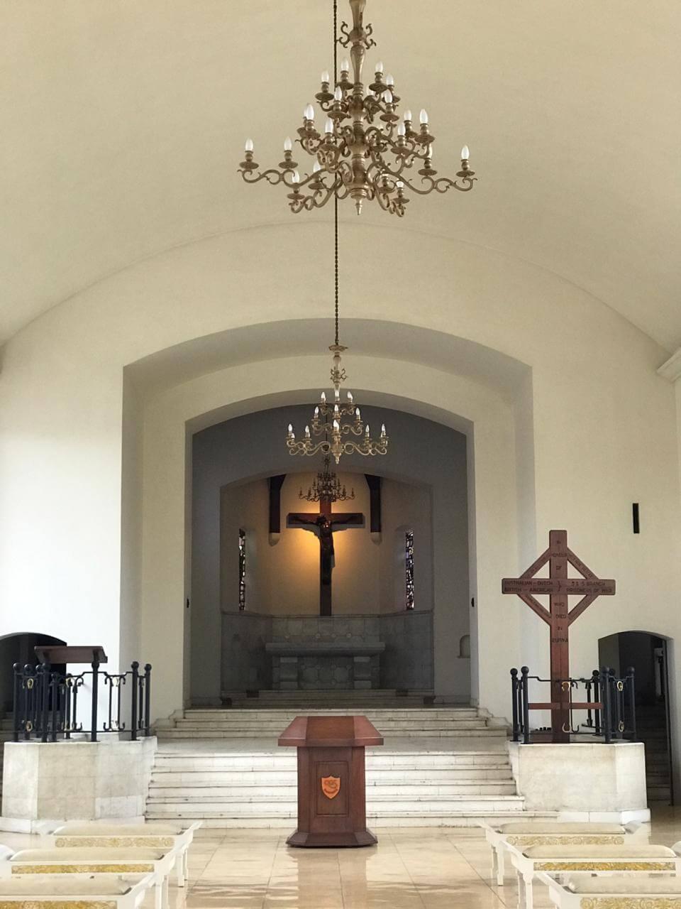 Melawat ke Makam Kehormatan Belanda
