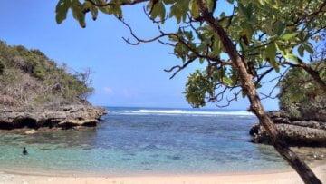 Pantai Pulodoro, Sebuah Kesunyian