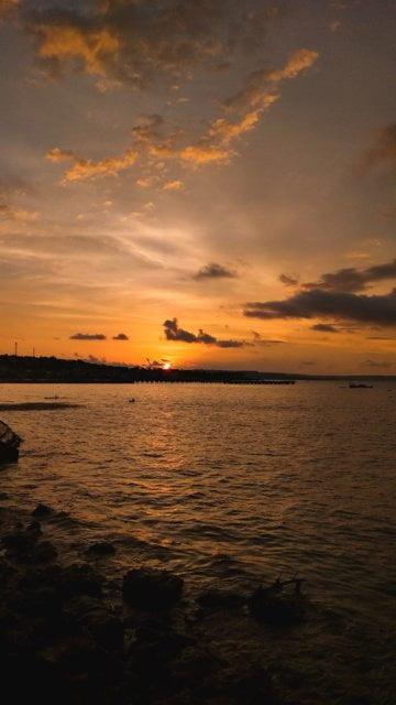 Senja dan Harapan Baru Diujung Pantai Nunhila
