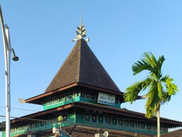 Bertandang ke Mesjid Sultan Suriansyah