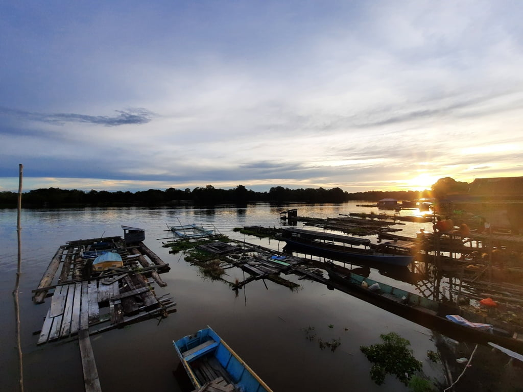 Perjalanan menuju Desa Mawan Desa Mawan, Kapuas Hulu