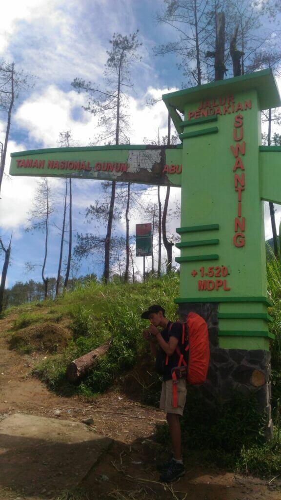 Jalur Pendakian Suwanting