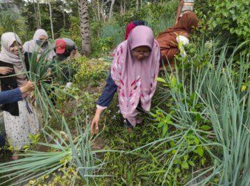 Silaturahmi Menyenangkan ala Santri di Wajak, Malang