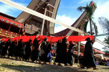 Menilik Upacara Adat Rambu Solo Suku Toraja