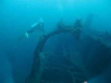 Arkeologi Maritim dan Harta Karun yang Tergadaikan