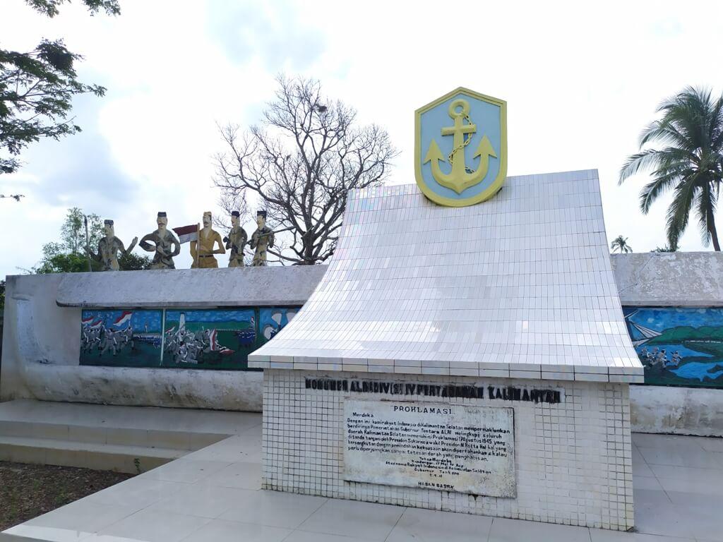 Monumen ALRI Divisi 4