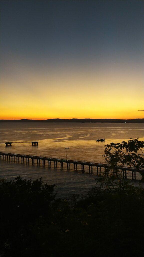 Senja di Pelabuhan Tenau, Kupang