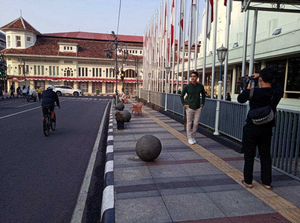Sisi timur Gedung Merdeka