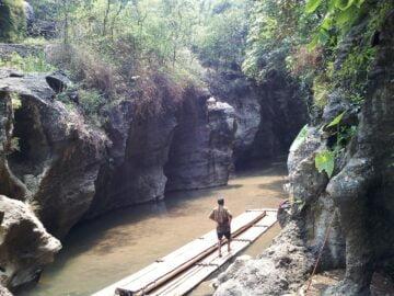 Petilasan di Aliran Sungai Citarum Lama